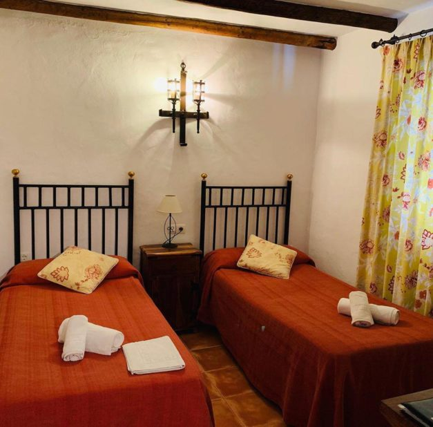 habitacion-hotel-rural-posada-la-plaza.jpg